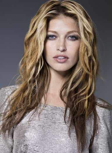 Wavy Long Hairstyle 2014
