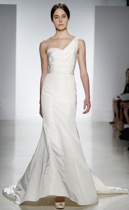 Spring-fashion-bridal-dress