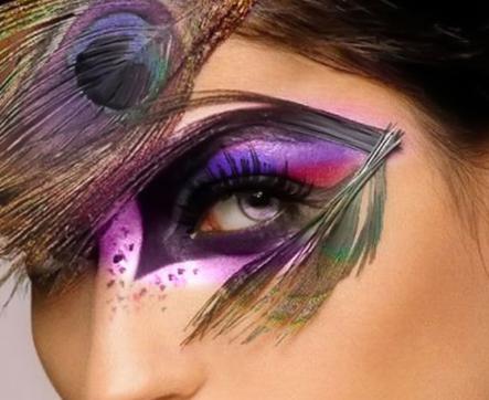 Crazy Eye Makeup Trend