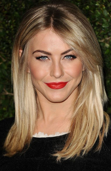 Makeup Tips for Blonde Hair