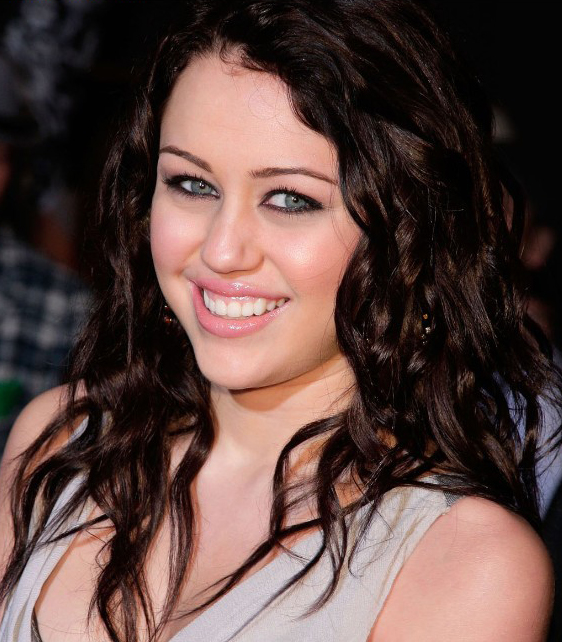 Miley Cyrus Dark Wavy Hairstyle