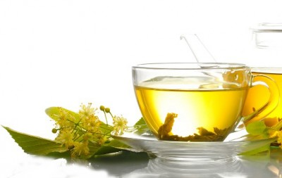Green Tea for Clean Strong Nails