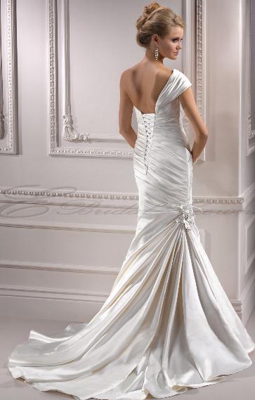 New Backless Wedding Dresses