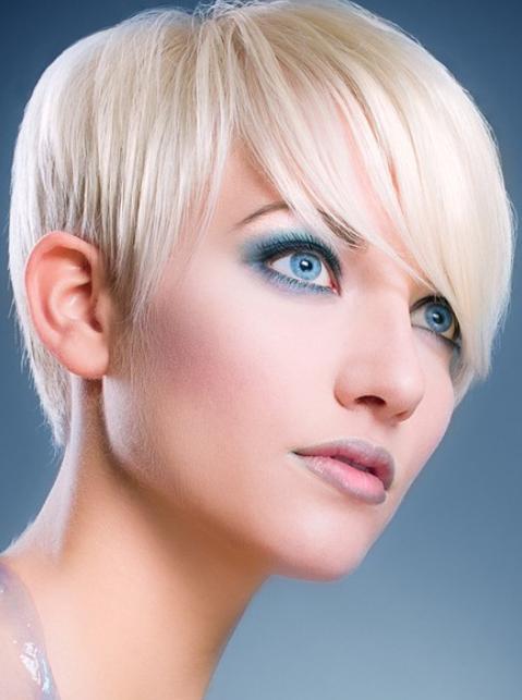 Blonde Makeup