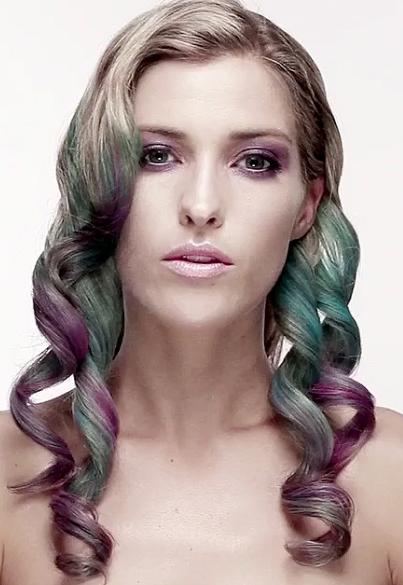Curly Hair Chalk Style Idea