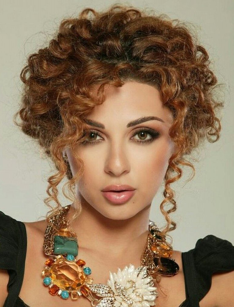 Curly Hairstyle for Black Women
