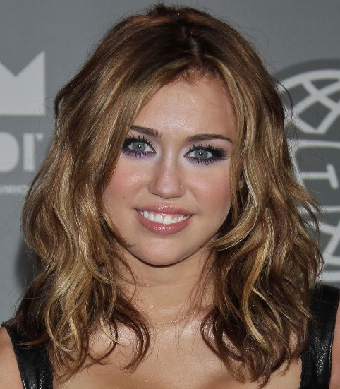 Miley Cyrus Blonde Hairstyles