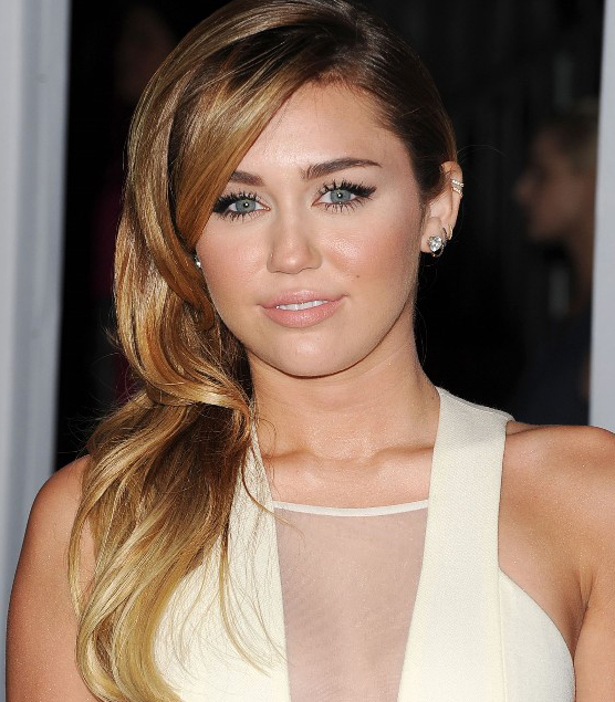 Miley Cyrus Medium Long Hairstyle
