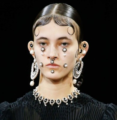 Face 2016 Jewelry Trends