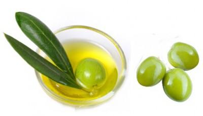 Olive Oil for Cracked Heels